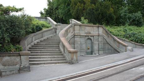 Talentovane Srpske arhitekte Malo-stepeniste-1